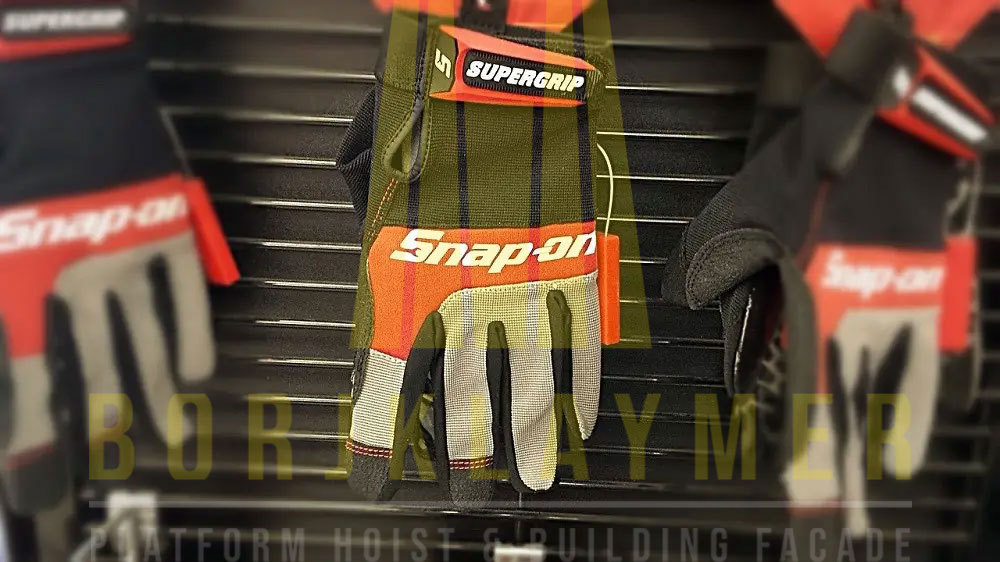 Scaffolding-Gloves-&-Important-Considerations